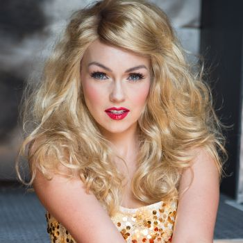 See Makeup Pro Kandee Johnson Transform into Taylor Swift in 30 Seconds!