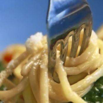 This One-Pot Spaghetti Dish is Magic
