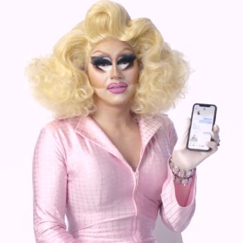 """RuPaul's Drag Race"" Cast Shows Us the Last Things on Their Phones"