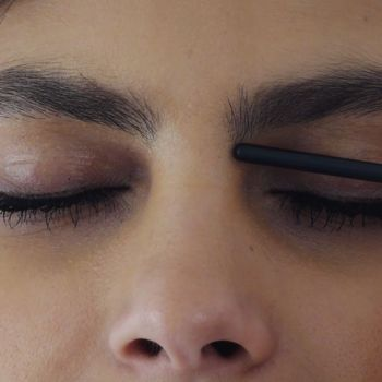 Everything You Need to Know About Shaping Your Eyebrows