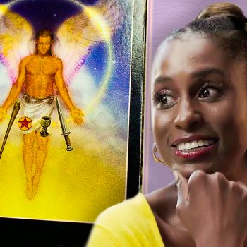 Issa Rae Gets Her Future Told by an Astrologer, a Tarot Reader, and a Psychic