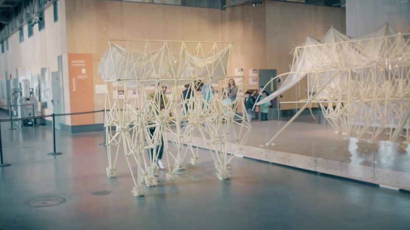 Strandbeests: Giant Sculptures That Eat Wind Descend on San Francisco
