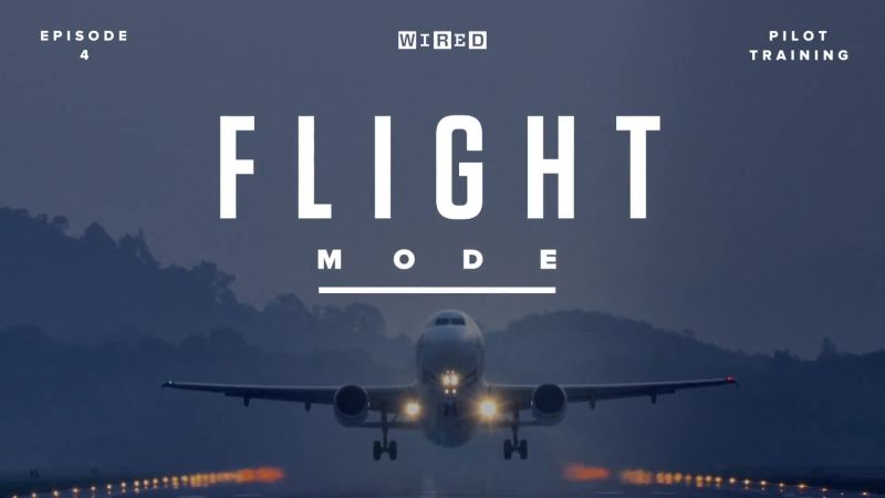 Flight Mode | What It's Like to Narrowly Avert Disaster in an $18M Simulator