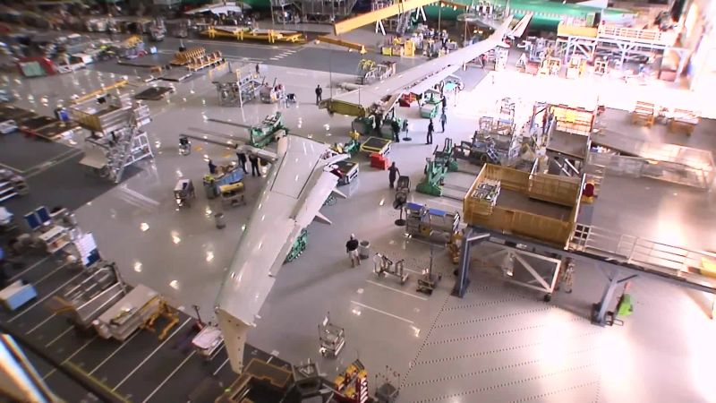 Meet the Giant Robot That Builds Boeing's Airplane Wings