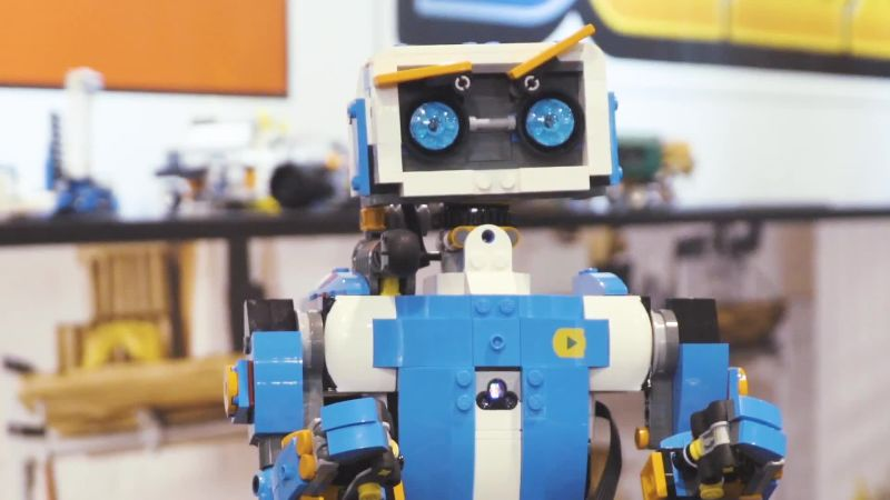 Lego's Boost Kit Turns Your Bricks Into Robots. Robots!