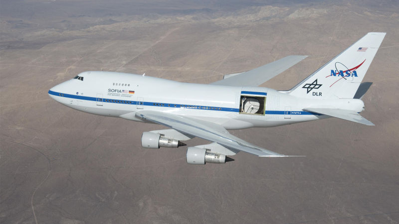 Climb Aboard a Boeing 747 That NASA Turned Into the World's Biggest Flying Telescope