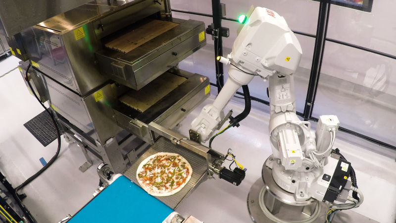Robots & Us: How Food-Bots Are Changing How We Eat