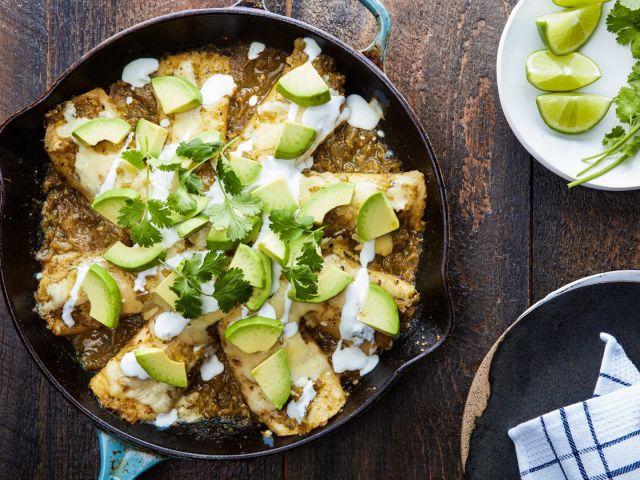 How to Make Skillet Chicken Enchiladas