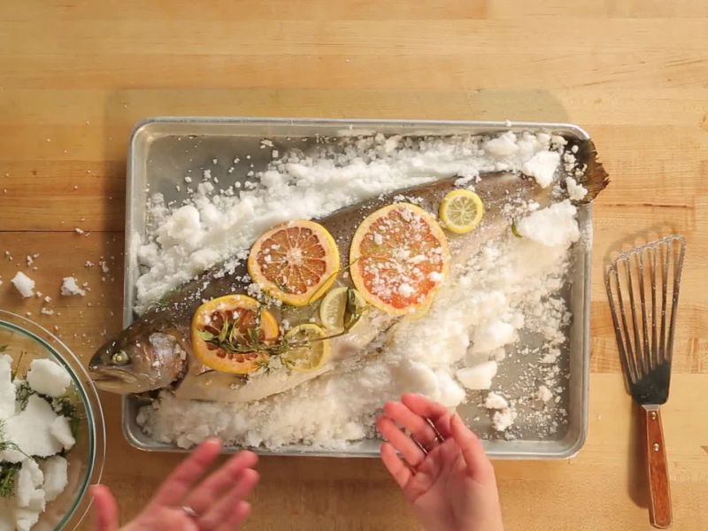 How to Make Salt-Baked Salmon
