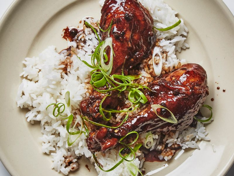 A Weeknight Take on Filipino Chicken Adobo