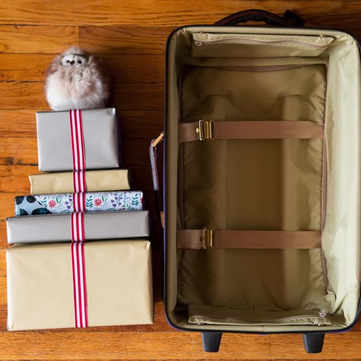How to Pack Gifts When You Travel