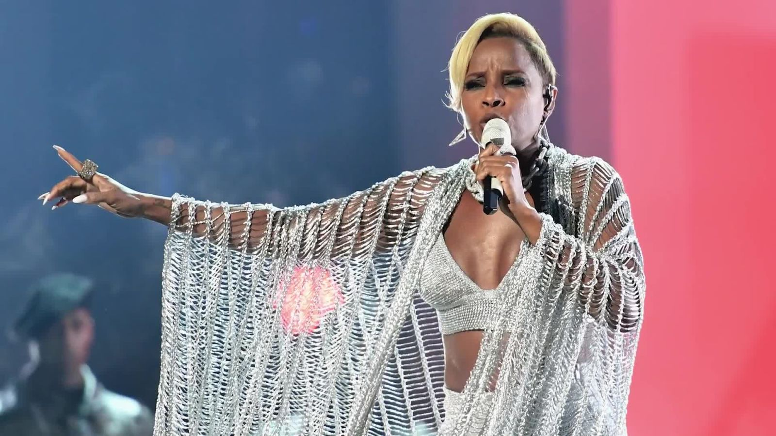 Mary J. Blige, the Queen of Hip-Hop Soul, Examines Her Life in Looks
