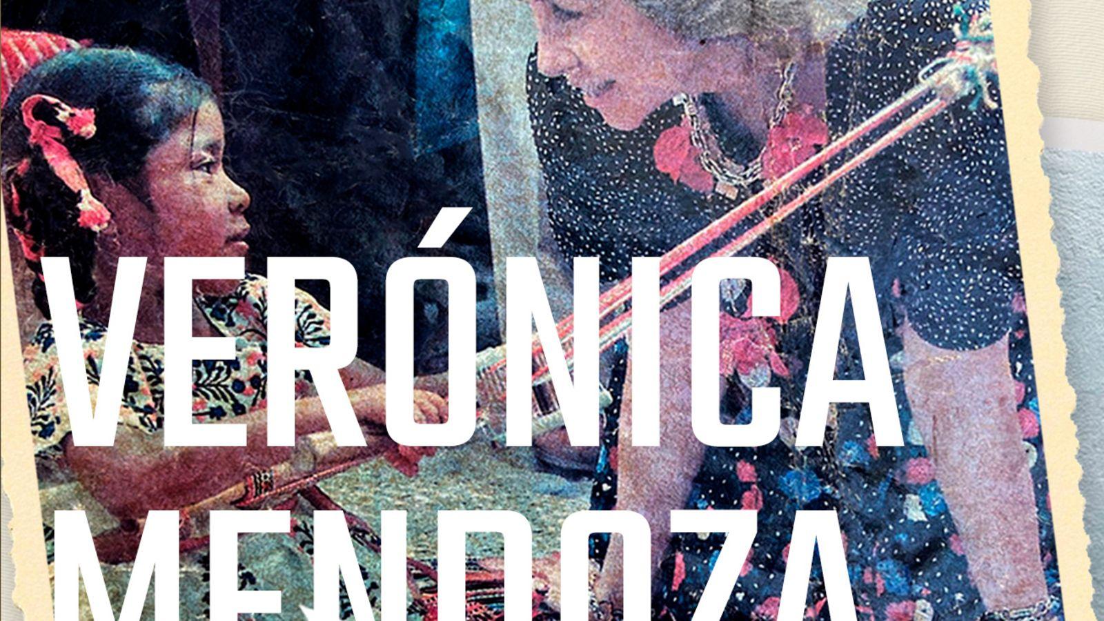 Un viaje de 31 años: la historia de Verónica Mendoza, la niña tejedora que cautivó a la reina Sofía en México