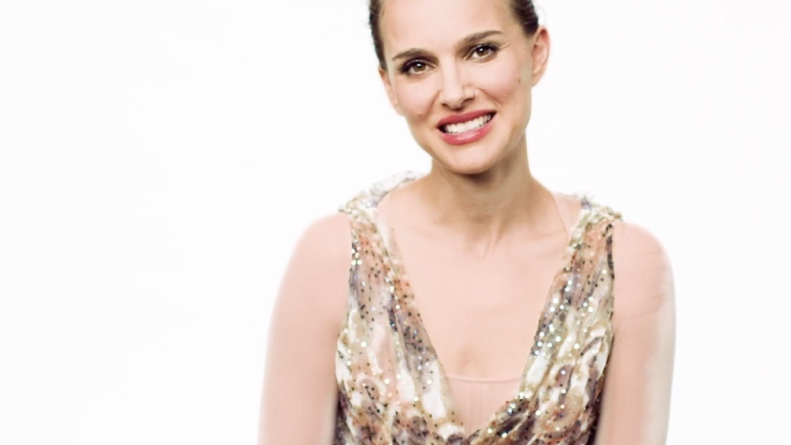 Natalie Portman analiza su carrera desde 'León: el profesional' a 'Vox Lux'