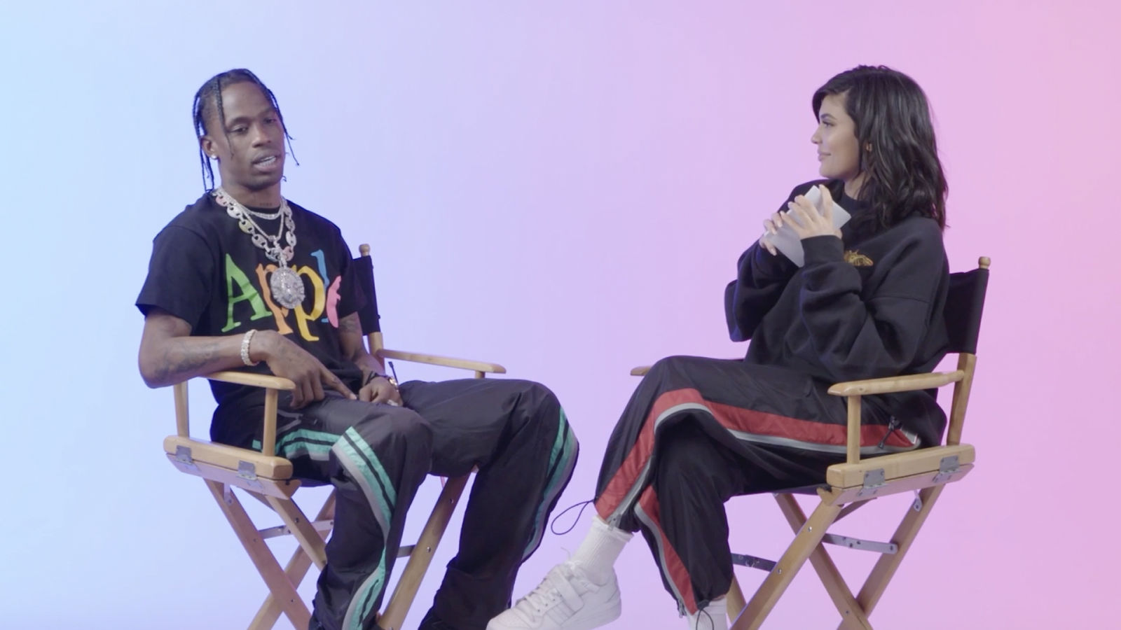 Kylie Jenner le hace 23 preguntas a Travis Scott