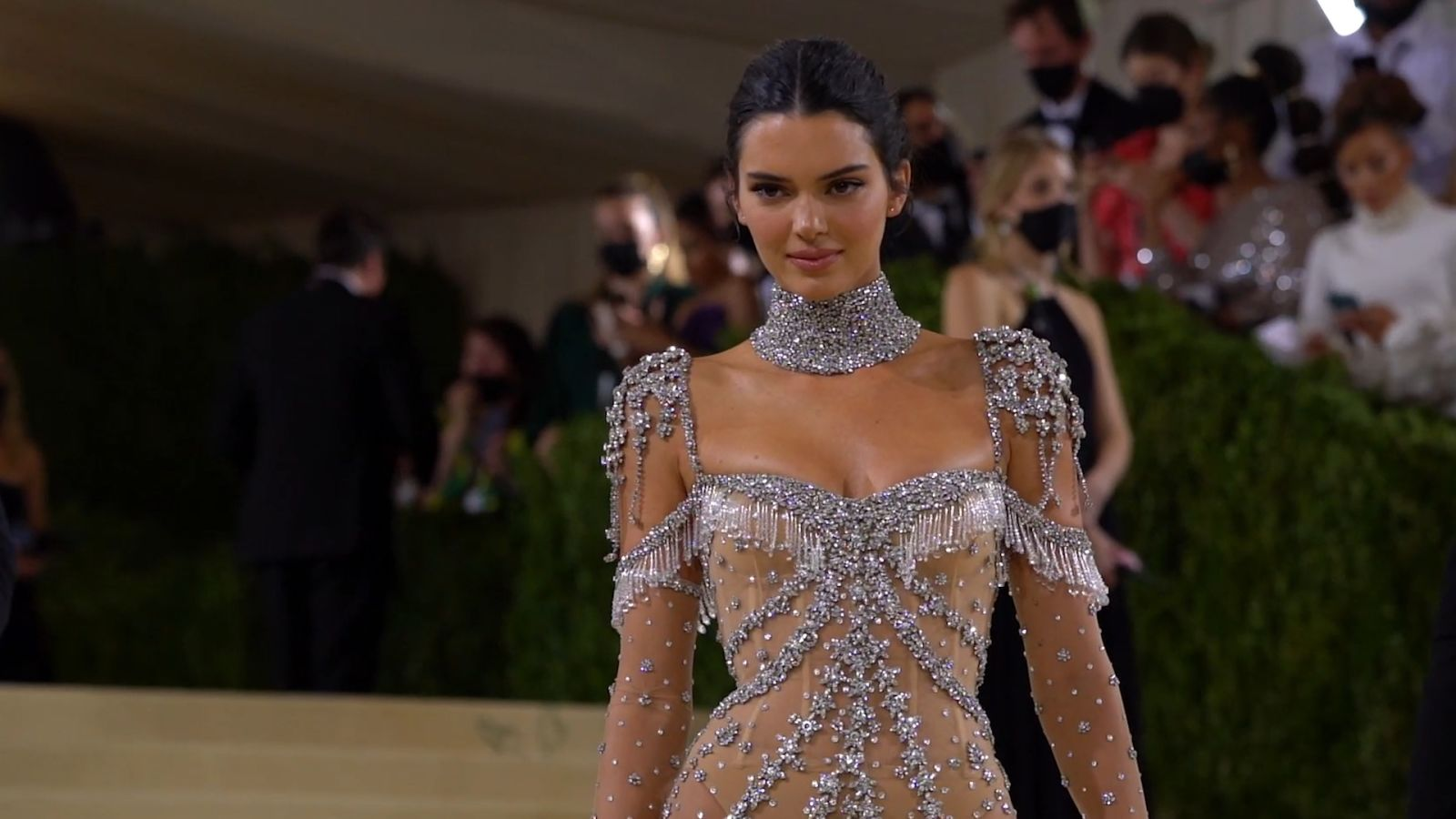 Kendall Jenner se prepara para la MET Gala 2021 con un vestido de ensueño
