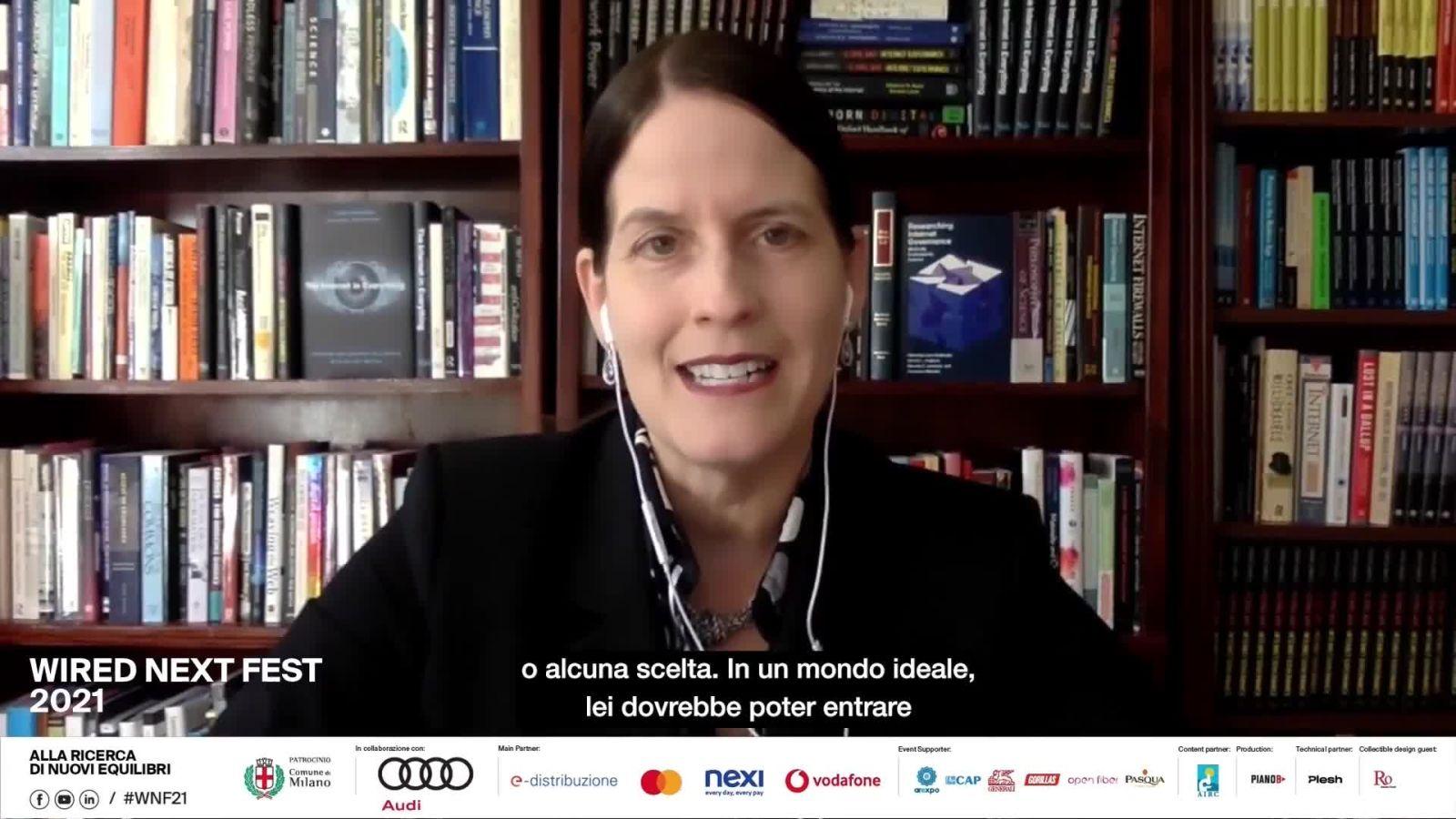 Laura Denardis: Internet? Non più un network di comunicazione ma di controllo