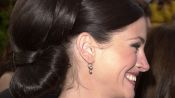 Remember Julia Roberts' Amazing Updo from the 2001 Oscars? Here's How to Recreate the Hairstyle at Home