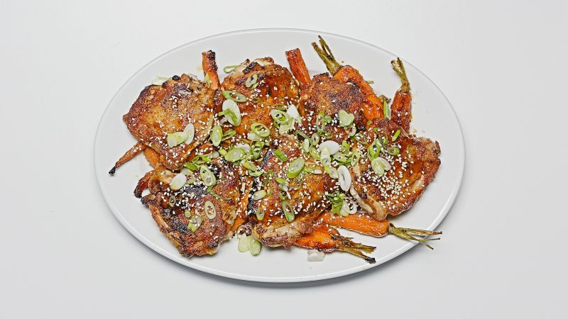 Watch One Skillet Roasted Sesame Chicken Thighs With Carrots Bon Appetit Video Cne Bonappetit Com Bon Appetit
