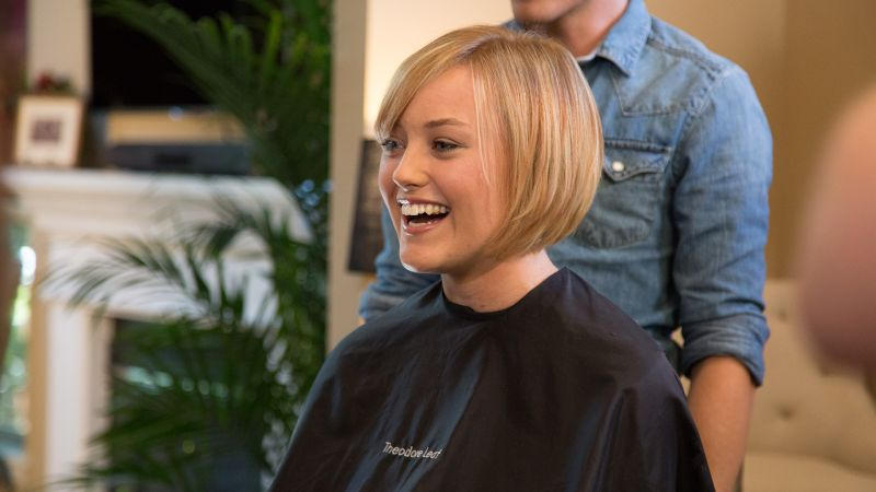 Growing Out A Pixie Cut Here S The Perfect Transition Hairstyle