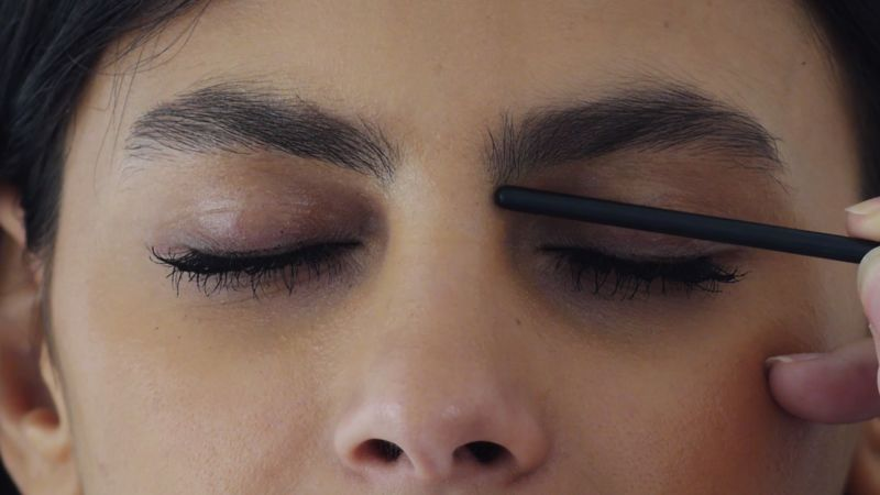 6 Things No One Ever Told You About Eyebrow Threading Glamour
