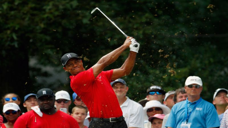 ab2ab492b9f3 Tiger Woods debuts latest Nike shoe in return to golf - Golf Digest