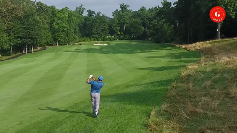 The Ultimate Guide to Approach Shots - Videos & Tips