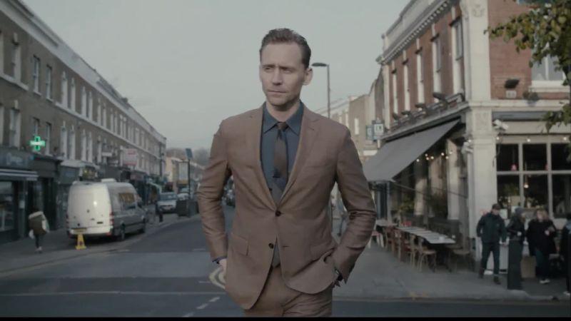 Tom Hiddleston on Taylor Swift, Heartbreak, and Great