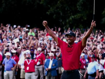 7f54ab0b Tiger is BACK! (For Real This Time) - Golf Digest Videos - The Scene