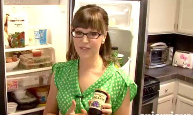 Tour Lisa Loeb s Kitchen Epicurious Videos The Scene