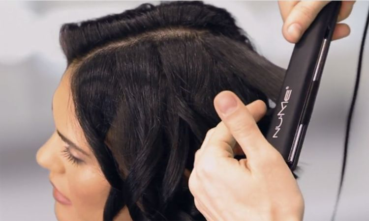 How To Curl Short Hair With A Straightener
