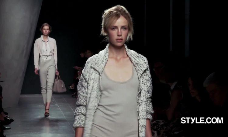 bf788133467 Bottega Veneta Spring 2015 Ready-to-Wear - Vogue Videos - The Scene