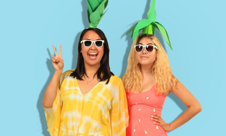 how to make bff halloween costumes buzzfeed videos the scene - Cute Bff Halloween Costumes