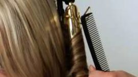 How to Create the Perfect Beachy Waves