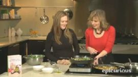 Samantha Bee Makes a Frittata with Bacon, Ricotta, & Greens