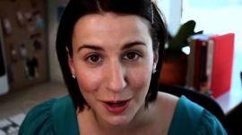 Cubicle Beauty: How to Apply False Eyelashes