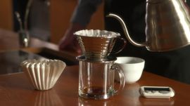How to Make Coffee Using a Kalita Wave