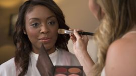 A Youthful, Flirty Makeup Look to Refresh Your Style