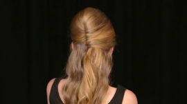 How to Do a Sexy, Half-Up Hairstyle