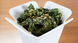 Addictive and Healthy Deskside Snack: Everything Kale Chips