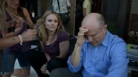 Watch Kristen Bell Hold Keith Mars Hostage in Exclusive Veronica Mars Blu-Ray Extra