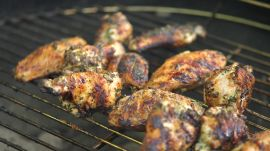 How to Grill Flavorful, Marinated Chicken Wings