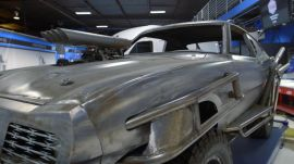 """2 Chainz Checks Out a """"Mad Max"""" Car from West Coast Customs"""