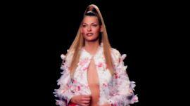 Linda Evangelista: The Fashion Chameleon