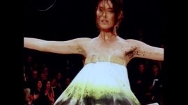 Alexander McQueen's Spring '99 Show Featuring Shalom Harlow and Aimee Mullins