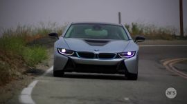 Ars Reviews the BMW i8