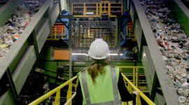 Ars tours the Sims Municipal Recycling facility in Brooklyn, NY