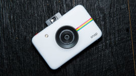 CES 2016 - Polaroid's New Super-Cute, Super-Affordable Printing Camera