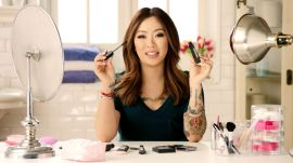 Hot Weather Makeup Tips from Claire Marshall | Good As Gold Presented By American Express