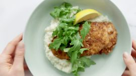 How to Make Pretzel-Crusted Chicken in 22 Minutes